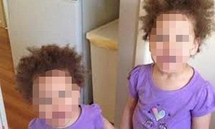 Sau khi sát hại 2 con gái, 'ác quỷ' thản nhiên tắm rồi mặc váy cho con