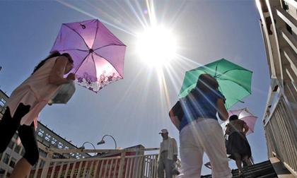 Tin mới thời tiết 17/5: Đợt nắng nóng gay gắt này ở miền Bắc kéo dài đến khi nào?
