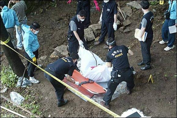 Tên sát nhân hàng loạt man rợ nhất Hàn Quốc: Lấy cảm hứng từ kẻ thủ ác khác, trong vòng 1 năm giết 19 mạng người - Ảnh 5.