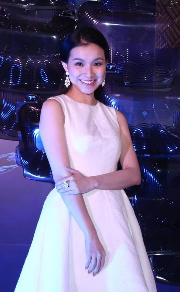 Nhan sắc và cuộc sống kín tiếng của Hoa hậu Hoàn vũ Việt Nam đầu tiên sau 10 năm đăng quang - Ảnh 9.