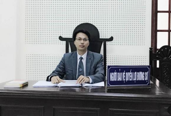 Bảo mẫu vừa bóp đầu vừa tát trẻ mầm non dã man ở Đà Nẵng: Có thể xử phạt mức án 3 năm tù - Ảnh 2.