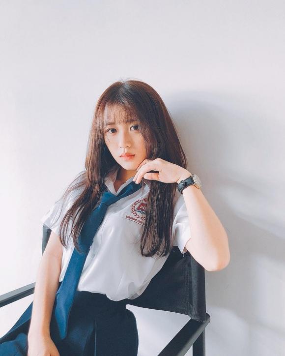 Loat hot girl sinh nam 2000 chuan bi thi THPT quoc gia hinh anh 5