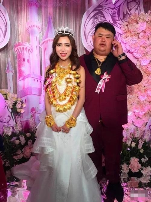 Đám cưới ngập vàng ở Trung Quốc gây xôn xao dư luận - 1