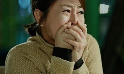 """Nuốt nước mắt vào trong khi chứng kiến chồng đưa """"vợ hai"""" cùng con trai đi chơi mỗi cuối tuần"""