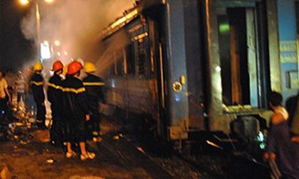 Tin mới vụ cháy toa tàu, hàng trăm hành khách hốt hoảng di tản