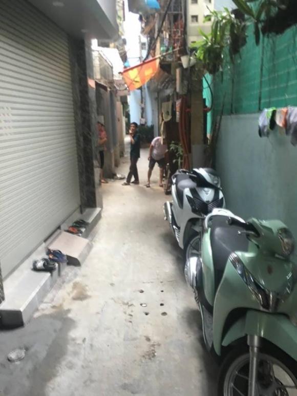 Khu ngõ lối vào nhà đối tượng Nguyễn Anh Tú.