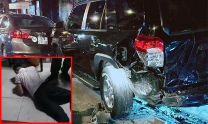Tài xế xe BMW gây tai nạn liên hoàn, 'bơi' liên tục trong đồn công an