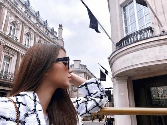 Kỳ nghỉ hè xa hoa ngút trời của tiểu thư nhà giàu Việt Nam - 7