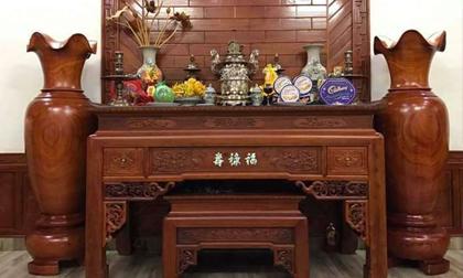Bàn thờ trong nhà nhất thiết phải làm bằng loại gỗ này thì gia chủ mới may mắn, an tâm