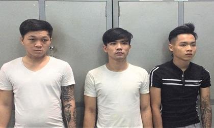 Nhóm cướp táo tợn đánh 2 du khách nước ngoài để cướp tài sản