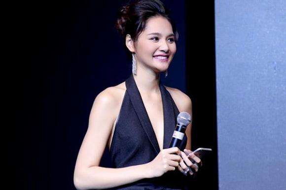 Cuộc sống của mỹ nhân Việt 7 lần thi hoa hậu, được vinh danh đẹp nhất châu Á giờ ra sao? - Ảnh 7.
