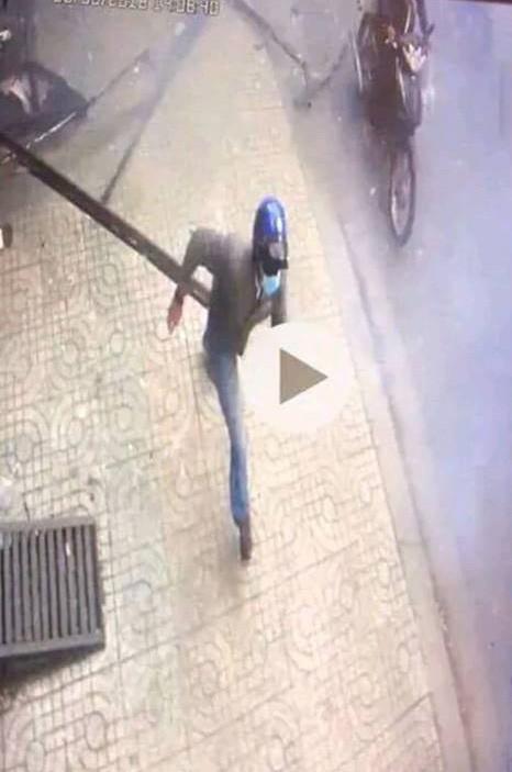 Tạm giữ một thanh niên trong vụ nổ trước công an phường - 2