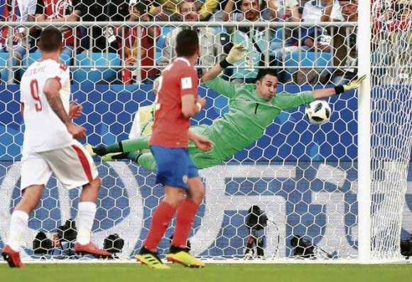 Brazil – Costa Rica: Neymar khó đá, Coutinho