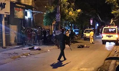 2 thanh niên tử vong cạnh xe máy trên phố Hà Nội lúc rạng sáng