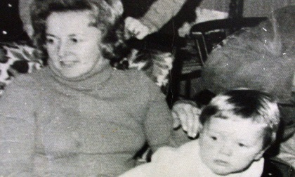 Vết máu trong chiếc ô tô cháy dở và 40 năm biến mất bí ẩn của mẹ con nữ tỷ phú