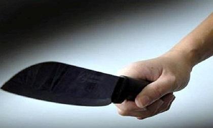 Hà Nội: Người đàn ông dùng dao truy sát 2 người lớn, 1 trẻ em sau đó tự sát