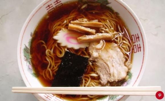 Phở Việt đứng đầu danh sách những món súp ngon nhất thế giới - 4