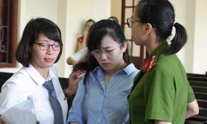 Người đẹp ngân hàng bật khóc khi bị đề nghị phạt tù chung thân