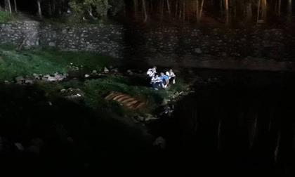 Bình Dương: Hai bé trai chết đuối khi tắm kênh, vài giờ sau mới vớt được xác