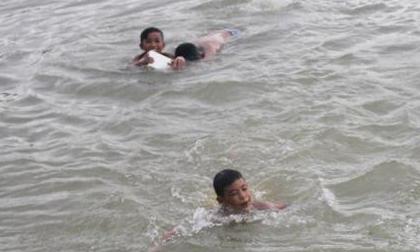 Nghệ An: Rủ nhau tắm ao, hai bé trai bị đuối nước tử vong