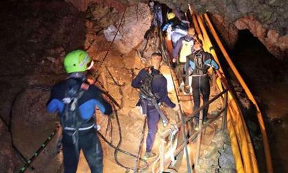 Cầu thủ nhí thứ 10 đã được đưa khỏi hang Tham Luang