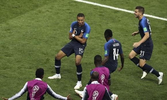 Chung kết World Cup, Pháp - Croatia: Cơn mưa 6 bàn, đăng quang xứng đáng - 2