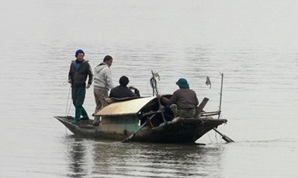 Hai vợ chồng đi đánh cá mất tích trên sông Lam
