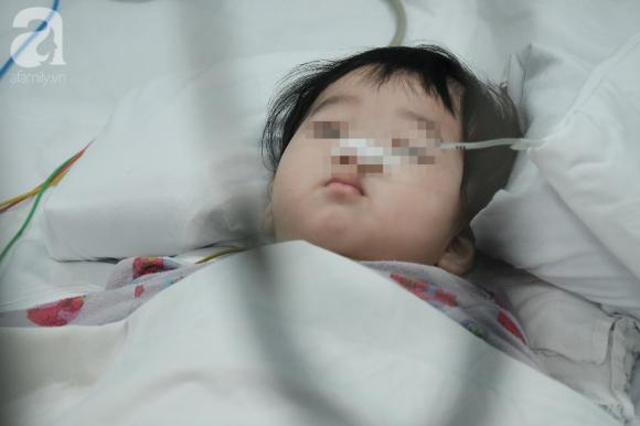 Bà ngoại bé trai bị mẹ đâm nhiều nhát thủng ruột: Tôi tưởng nó về thăm con, đâu có ngờ nó muốn giết con - Ảnh 1.