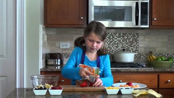 Bố mẹ dù bận bịu đến mấy cũng phải dạy con 8 kỹ năng này trước khi vào cấp 2 - 1