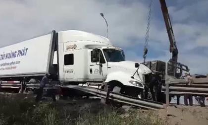 Tai nạn thảm khốc ở Quảng Nam: Lời kể ám ảnh của tài xế container phút va chạm kinh hoàng