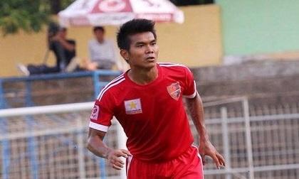 Rúng động bóng đá Việt: Cầu thủ đuổi đánh trọng tài bị cấm vĩnh viễn