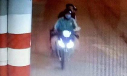 Camera ghi lại hình ảnh 2 nghi phạm trước khi sát hại tài xế GrabBike