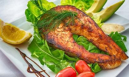 Ăn cá thường xuyên, bạn sẽ thấy 7 lợi ích sức khỏe thần kỳ dưới đây