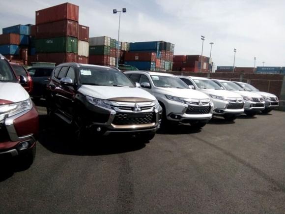 Mitsubishi Pajero Sport thêm bản máy dầu số tự động, giá từ 1,062 tỷ đồng - 1