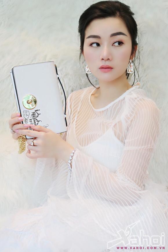 angel-pham-108-4-xahoi.com.vn-w580-h870