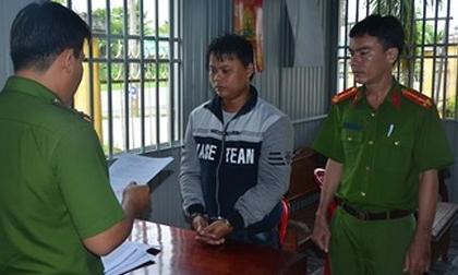 Bắt tạm giam gã cha dượng 30 tuổi nhiều lần xâm hại con gái riêng của vợ
