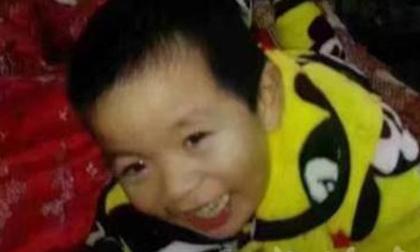 Chấn động mẹ giết con trai giấu xác dưới gầm giường rồi thản nhiên ngủ bên trên suốt mấy ngày