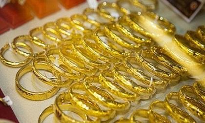 Giá vàng hôm nay 14/8: USD tăng dựng ngược, vàng tụt xuống đáy