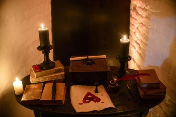Ghé thăm lâu đài của bá tước Dracula khét tiếng: U ám và tĩnh mịch đến sởn tóc gáy nhưng liệu có đẫm máu như lời đồn?