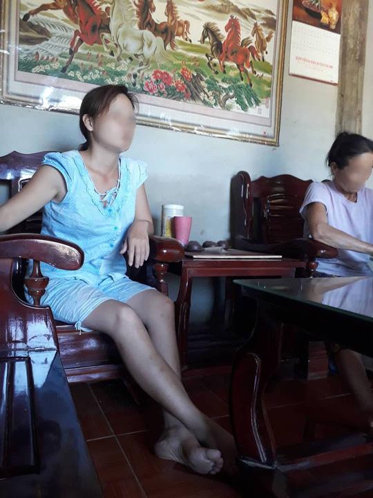 Vụ 42 người 1 xã nhiễm HIV: Vợ y sĩ nói gì về việc chồng bị nghi dùng chung kim tiêm? - 5