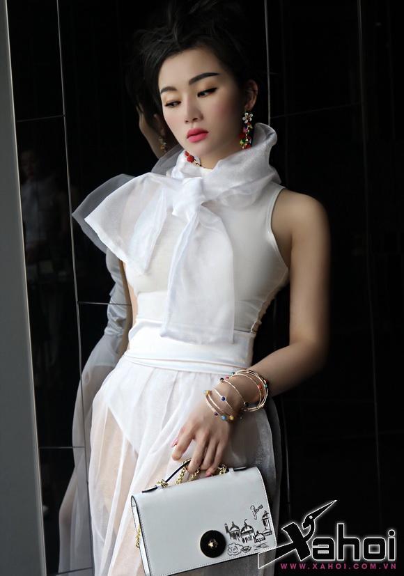 angel-pham-208-2-xahoi.com.vn-w580-h827
