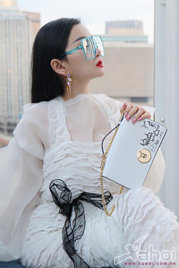 angel-pham-208-8-xahoi.com.vn-w580-h870