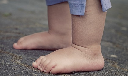 Dấu hiệu nhận biết đứa trẻ có vận mệnh tốt, đường đời hanh thông, bố mẹ cũng được 'thơm' lây...
