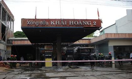 Quảng Nam: Cháy dữ dội tại cây xăng Khải Hoàng 2