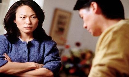 Tận tay bắt được con dâu ngoại tình, mẹ chồng đành im lặng cho qua vì một lời đe dọa