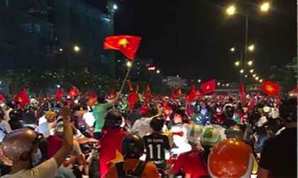 Kỳ tích U23 Việt Nam tại ASIAD 18: Cờ đỏ sao vàng ngập tràn Facebook