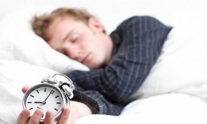 Nam giới ngủ ít hơn 5 giờ có nguy cơ mắc bệnh tim cao gấp 5 lần bình thường