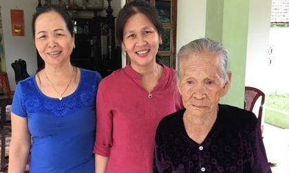 Cuộc hội ngộ cảm động của mẹ và con gái sau 45 năm thất lạc