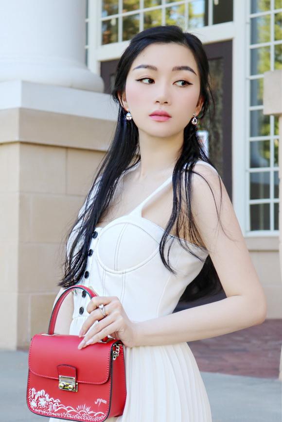 angel-pham-49-3-xahoi.com.vn-w580-h869