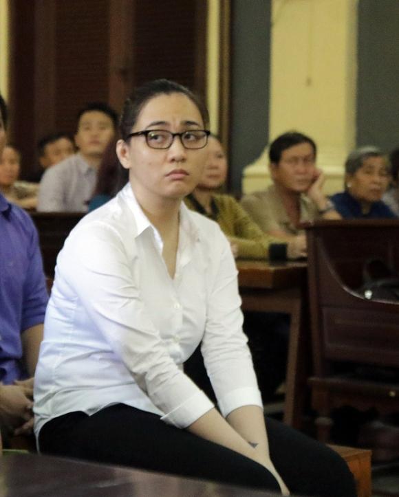 Ngày tàn của hot girl buôn ma túy dùng tình cảm chiêu dụ đàn em ở Sài Gòn - Ảnh 4.